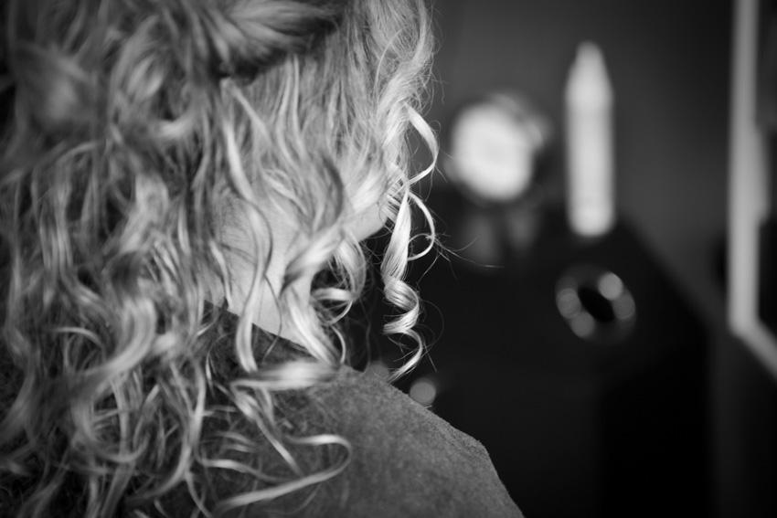11La préparation de la mariée en noir et blanc 6